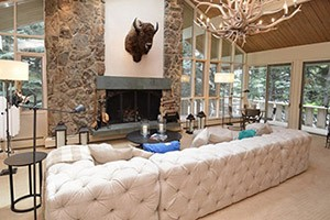 Frias Properties - Luxury Brand Specials! :: The largest selection of luxury in Aspen! Choose from the Ritz Carlton Club @ Aspen Highlands, the Hyatt Grand Aspen & St Regis Residence Club in Downtown Aspen. Call today!