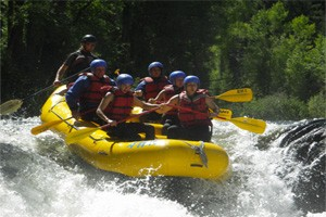 Aspen Whitewater Rafting :: Simply the BEST Whitewater Rafting Company in Aspen & Snowmass! Professionally owned/operated for over 20 years! Rafting trips on the Roaring Fork, Colorado, & Arkansas River!