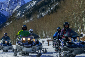 T-Lazy-7 Ranch | Premier Aspen Snowmobile Trips!