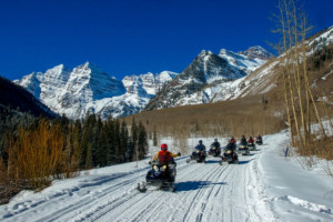 Aspen Snowmobile Tours: T-Lazy-7 Ranch