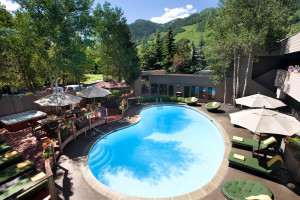 Molly Gibson Lodge - save 5% booking direct
