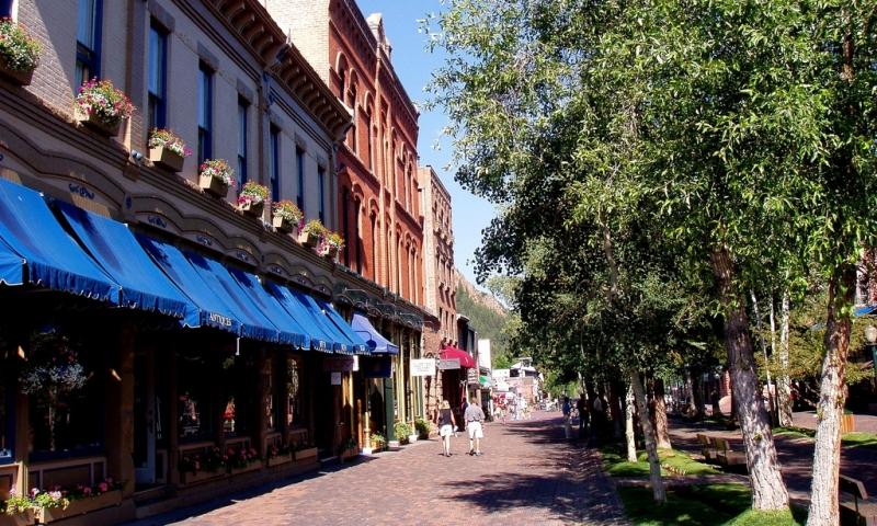 Downtown Aspen Colorado Shopping