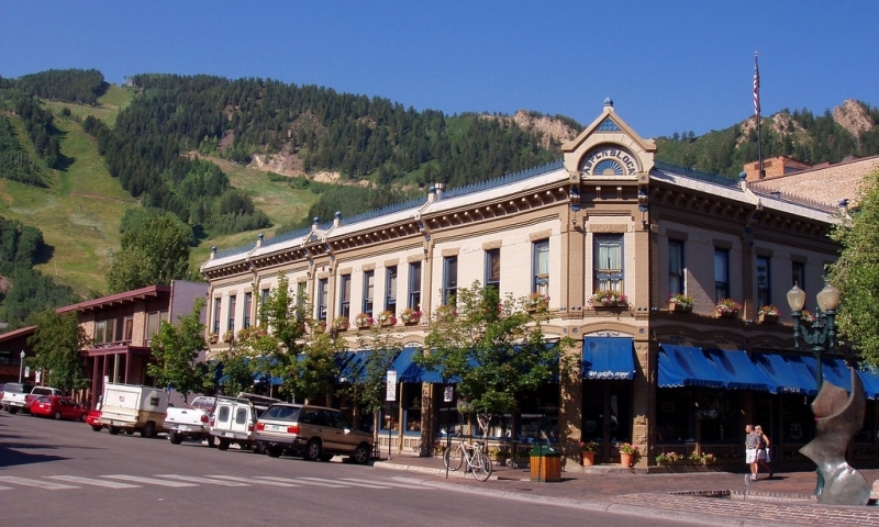 Downtown Aspen Colorado Shopping